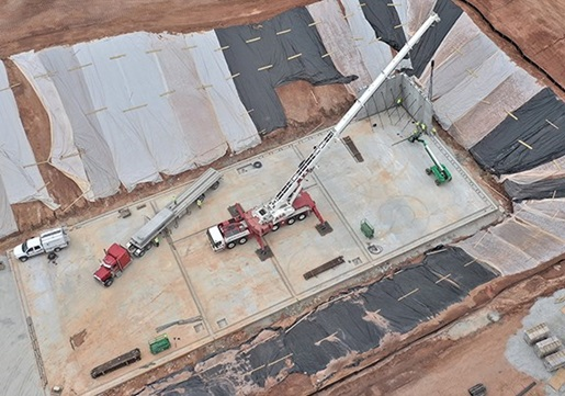 330-ton crane sets precast concrete panels for new Georgia wastewater treatment facility