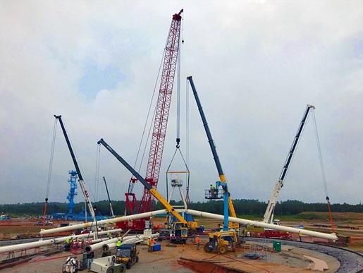 Five-crane pick sets lumberyard's new circular crane
