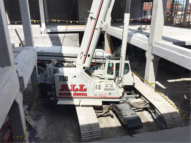 ALL Crane collaborates on condo build in tight quarters