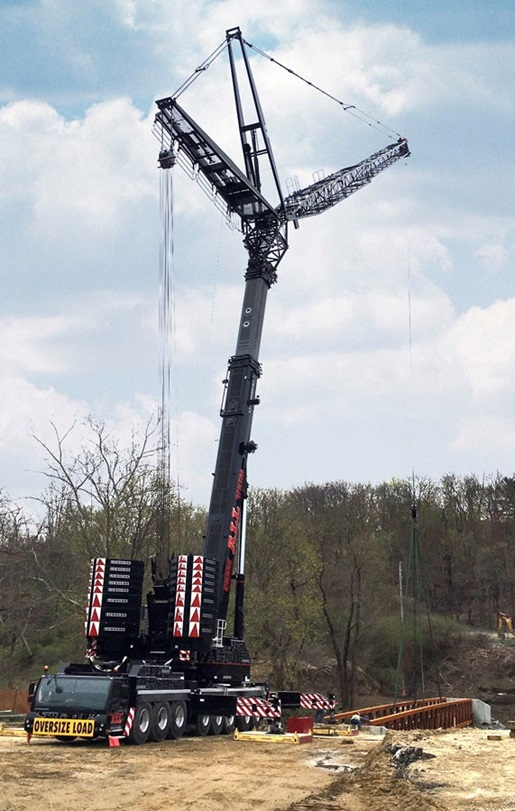 Liebherr LTM 1450-8.1 mobile crane with VarioBallast®
