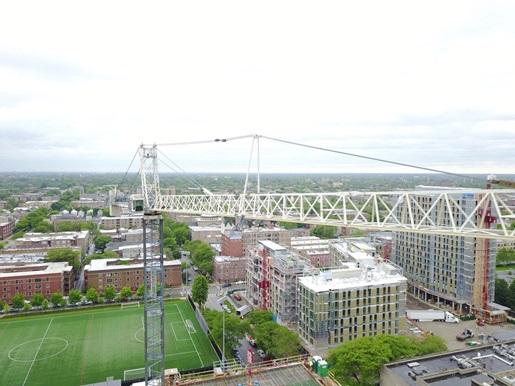 A Peiner SK 415-20 freestanding hammerhead crane at The University of Chicago